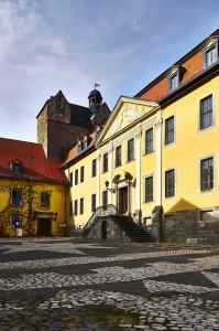 Bild: Schloss Ballenstedt mit dem Bergfried.