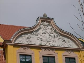 Bild: Prachtvoller Mittelrisalit am Schloss zu Schafstädt.