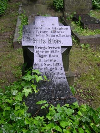Bild: Kriegergrab aus dem Ersten Weltkrieg auf den Alten Friedhof, dem campo santo, in Eisleben
