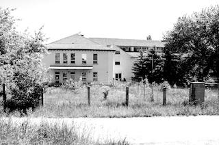 Bild: Die Polizeischule Aschersleben (Aufnahme Juni 2010 von Birk Karsten Ecke).