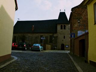 Bild: Die Kirche St. Margarethen zu Aschersleben. Blick auf die Nordseite der Kirche.