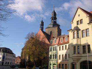 Bild: Die Marktkirche St. Jakobi ist eines der Wahrzeichen der Stadt Hettstedt. © 2006 by Bert Ecke.