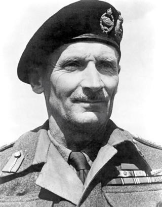 Bild: Feldmarschall Bernard Law Montgomery - auch Monty genannt. Dieses von der Regierung des Vereinigten Königreichs erstellte Werk ist public domain.