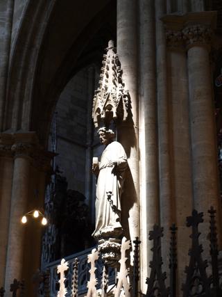 Bild: Skulptur im Dom zu Halberstadt.