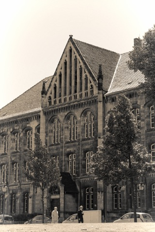 Bild: Die Domstadt Halberstadt ist der Geburtsort von General Helmuth Weidling. Foto (c) 2009 by Bert Ecke.