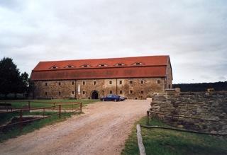 Bild: Der Schlossbau aus der Zeit der Renaissance in der Wasserburg Heldrungen.