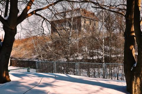 Bild: Haus des Hüttenvogtes der ehemaligen Saigerhütte Hettstedt. Klicken Sie auf das Bild um es zu vergrößern.