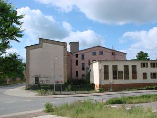 Bilder: Die Ruinen des ehemaligen Betriebes ZENTRALE ELEKTROWERKSTATT - ZEW.