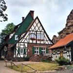 Bild: Die Burgschänke in der Burgruine Hohnstein bei Neustadt im Harz.