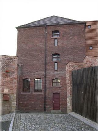 Bild: Das Kriminaltechnische Panoptikum befindet sich im ehemaligen Untersuchungsgefängnis in Aschersleben.