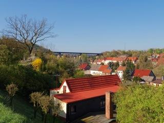 Bild: Leimbach - heute Ortsteil von Mansfeld - ist der Gerburtsort des Physikers Harry Dember. Aufnahme aus dem Jahre 2009.