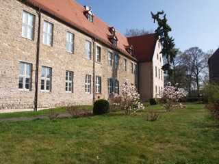 Bild: Das Schloss der Familie von Hardenberg in Wiederstedt.