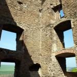 Bild: Die Burgruine Arnstein bei Harkerode im Unterharz.