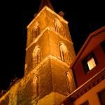 Aschersleben - Der Turm der Marktkirche St. Stephani bei Nacht.