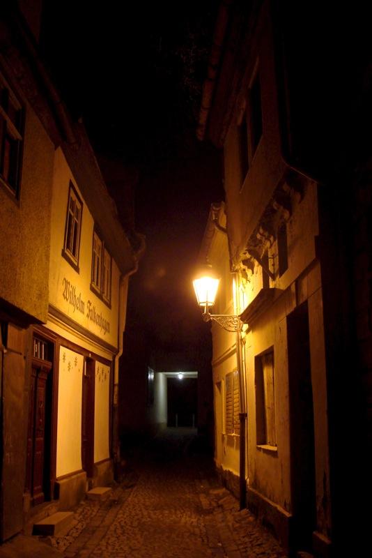 Aschersleben - Der Kleine Halken bei Nacht.