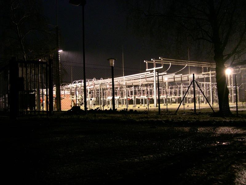 Klostermansfeld - Das Umspannwerk bei Nacht.