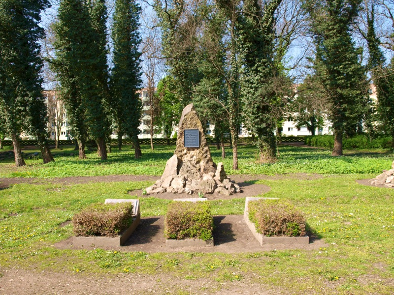 Bild: Eisleben - Auf dem Alten Friedhof CAMPO SANTO.