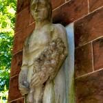 Bild: Eisleben - Das Denkmal TOR DER MAHNUNG.