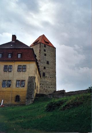Bilder: Der Marterturm in der Burg zu Querfurt.