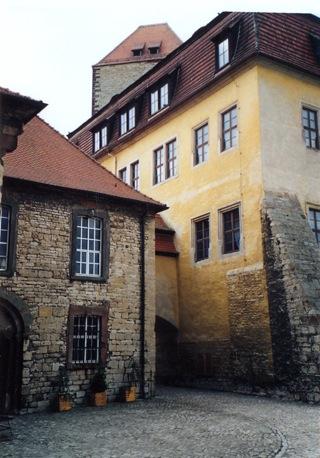 Bild: Die Häuser in der Burg zu Querfurt.