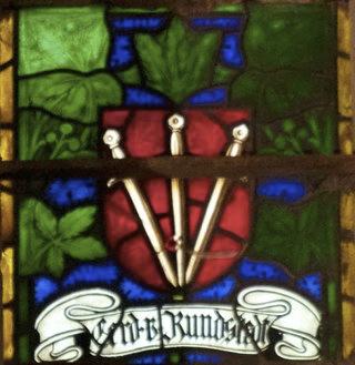 Bild: Glasfenster mit dem Namen des Generalfeldmarschalls Gerd von Rundstedt in der Kirche St. Stephani zu Aschersleben.