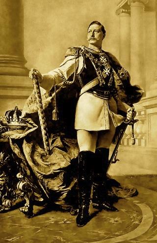 Bild: Kaiser Wilhelm II. Ausschnitt aus einem Gemälde von Max Koner 1890. Dieses Bild zeigt die ganze Selbstherrlichkeit und das übersteigerte Selbstbewusstsein des Kaisers.  Dieses Bild ist gemeinfrei, weil seine urheberrechtliche Schutzfrist abgelaufen ist.
